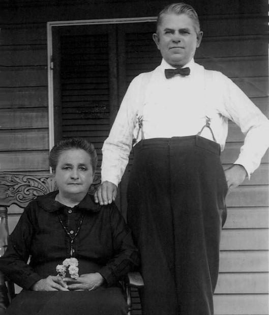 "Rosalie Bednářová (1856-1931) & Frantisek ""Frank"" Caraciold Tomášek (1857-1936)"