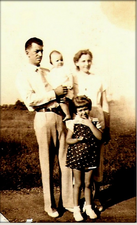 My maternal grandparents, Henry Edward Fountain & Sadie Elizabeth Brannon-Hohenstein Fountain, with daughters Rosalie (my mother) and Jackie.